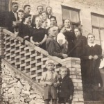 Chór parafialny po próbie na schodach organistówki - lata 40-te XX wieku