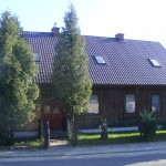 Budynek plebanii (widok od strony ulicy Jurajskiej)