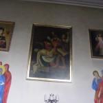 Obrazy na stronie północnej prezbiterium kościoła