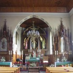 Widok ogólny na wnętrze kościoła