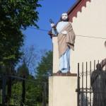 """ks. M. Dubiel - """"Rzeźba Św. Piotr"""" [Cieślin - brama główna kościoła]"""