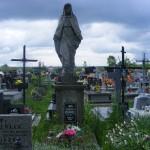 """ks. M. Dubiel - """"Rzeźba 1"""" (na grobie matki ks. M. Dubiela) [Poręba Dzierżna - cmentarz parafialny]"""