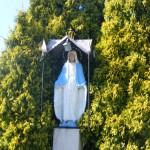 """ks. M. Dubiel - """"Rzeźba Matka Boska"""" [Cieślin - rejon kościoła]"""